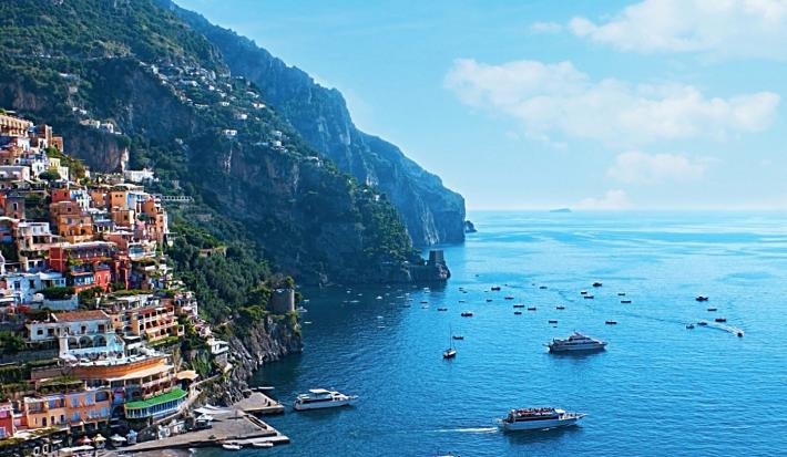 Yachting Around The Amalfi Coast