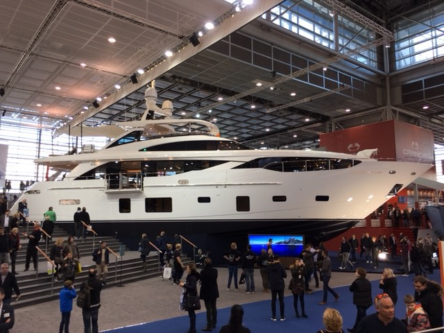 Princess Yachts 30 Meter