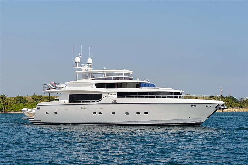 2007 87 Johnson Motor Yacht