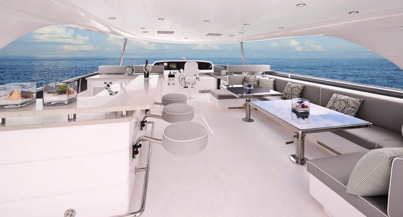 Horizon E88 Flybridge