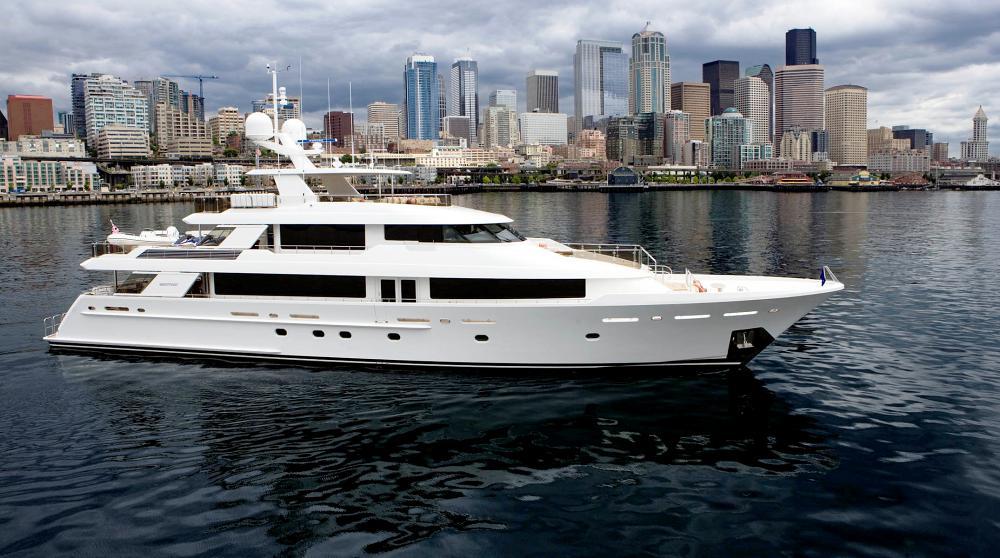 130 Motor Yacht