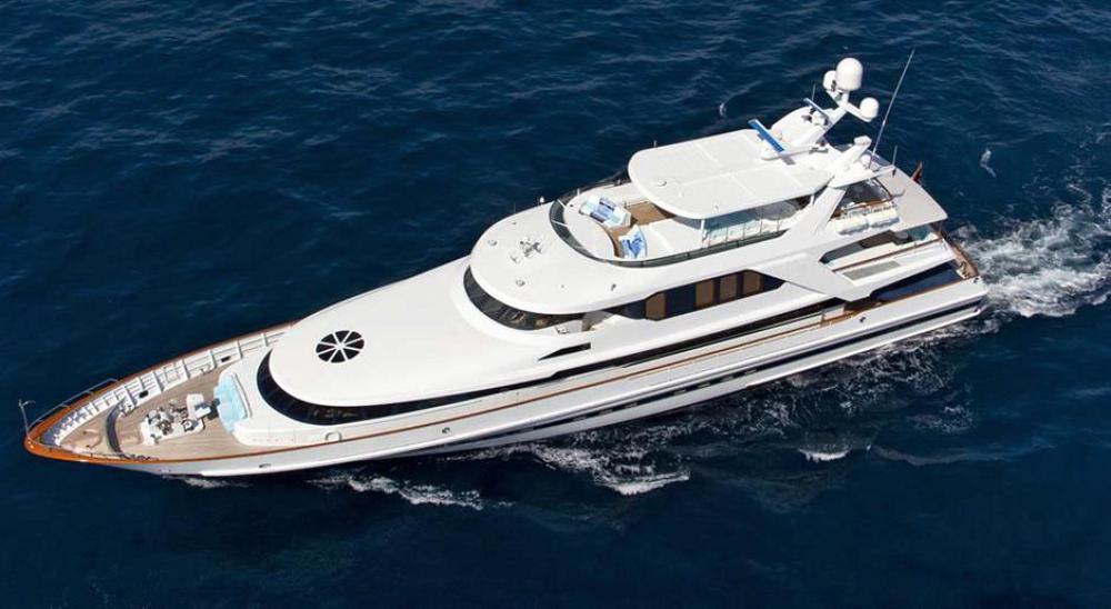 151 Motor Yacht