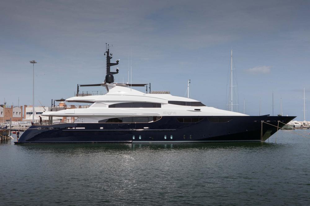 163 Motor Yacht
