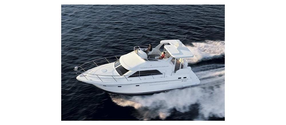 3750 Motor Yacht