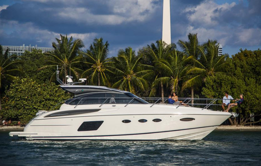 2015 Princess Yachts V48