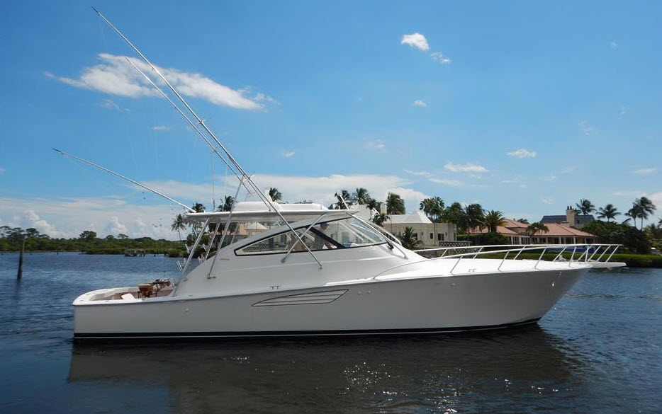 2015 Viking Yachts 52 Open