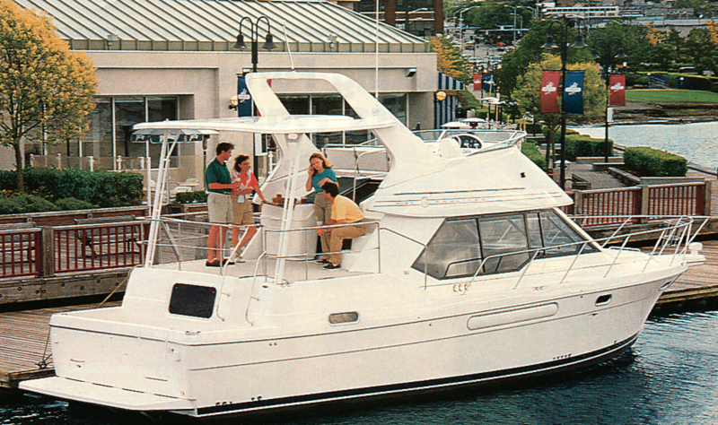 Bayliner 4087 Cockpit Motor Yacht