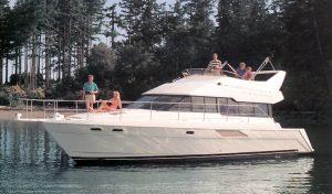 Bayliner 4388 Motor Yacht