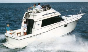 Carver 32 Convertible