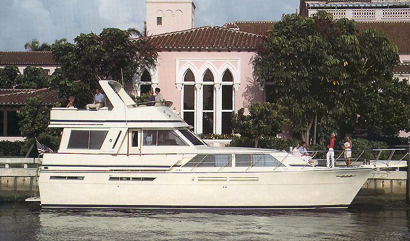 Chris Craft 500 Constellation Motor Yacht