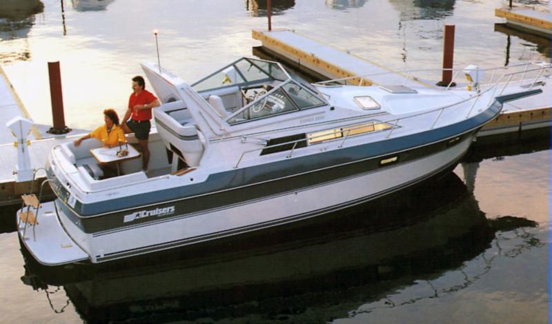 Cruisers 297 Elegante; 2970 Esprit