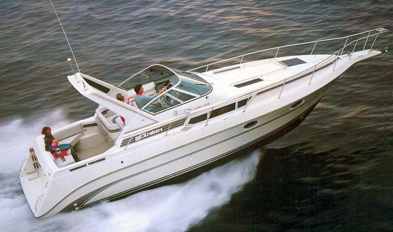Cruisers 3260 Esprit; 3270 Esprit