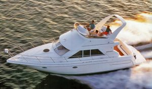 Cruisers 3580-3585 Flybridge
