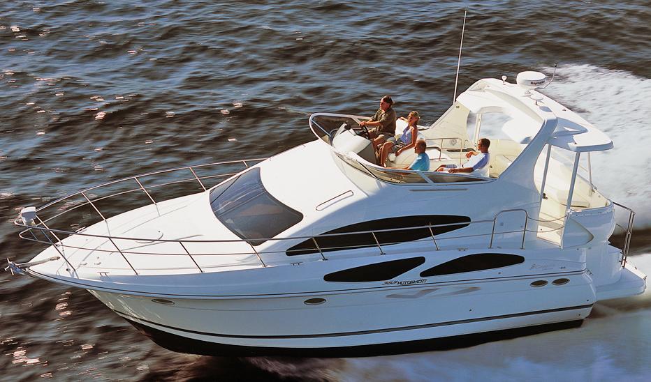 Cruisers 385-395 Motor Yacht