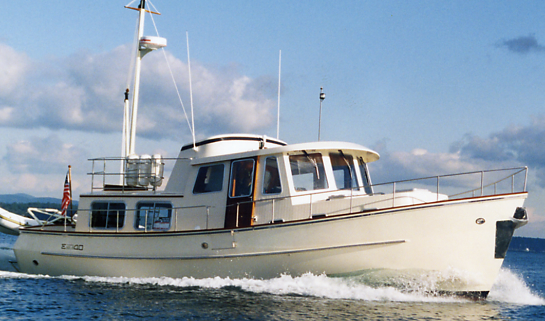 Eagle 40 Pilothouse