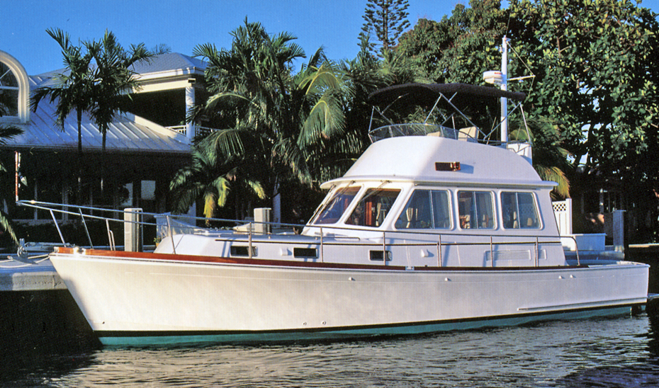 Grand Banks Eastbay 43 Flybridge
