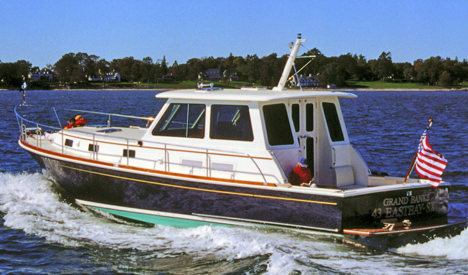 Grand Banks Eastbay 43 SX-HX