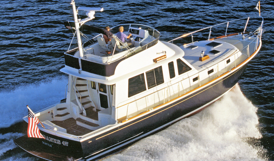 Grand Banks Eastbay 47 Flybridge