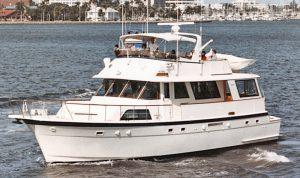 Hatteras 61 Cockpit Motor Yacht