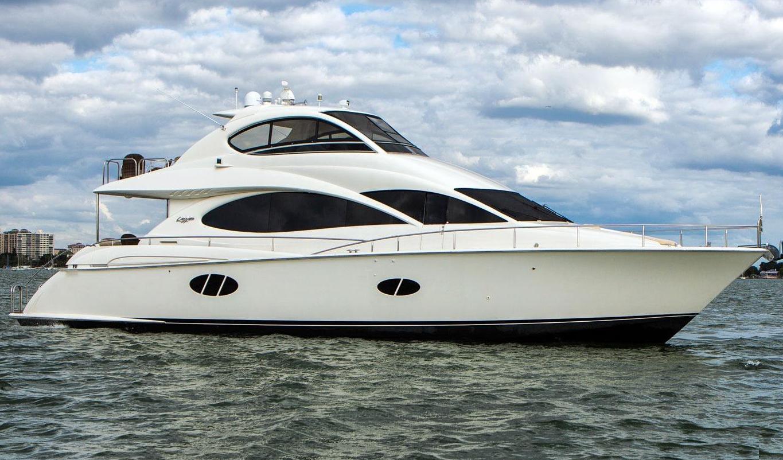 Lazzara 68 Motor Yacht