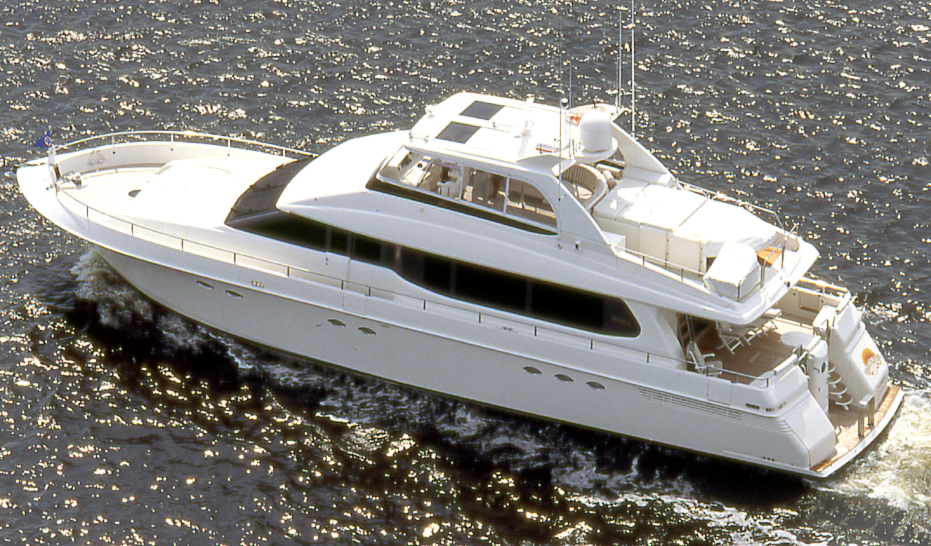 Lazzara 76 Open Bridge; 80 Cabriolet