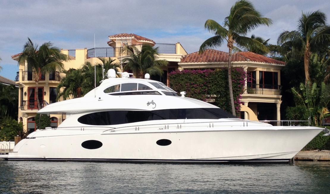 Lazzara 84 Motor Yacht