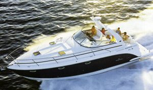 Rinker 390-400 Express Cruiser