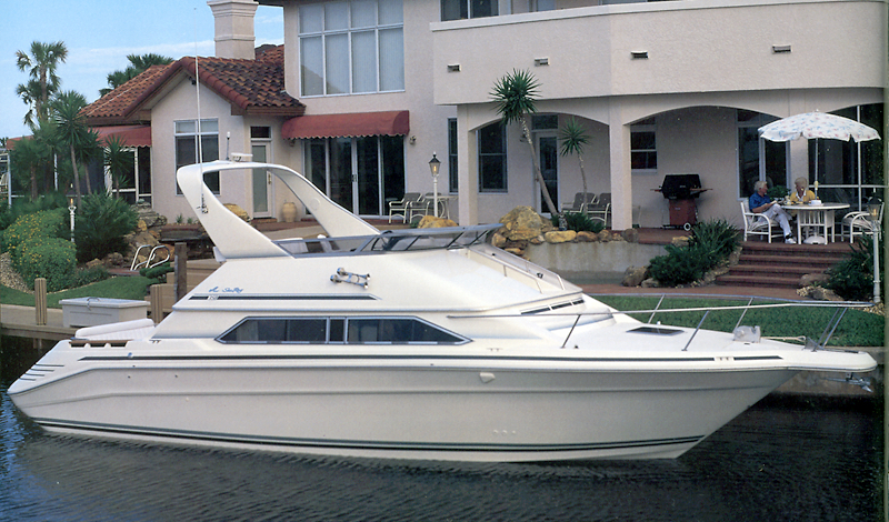 Sea Ray 350 Express Bridge