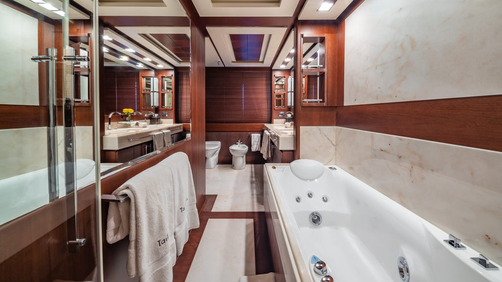 Master Suite Bathroom of Azimut 116 Tail Lights