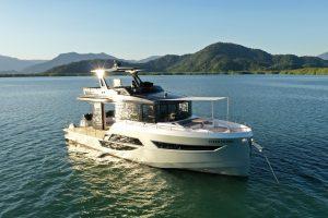 Okean Motor Yacht 50 Flybridge