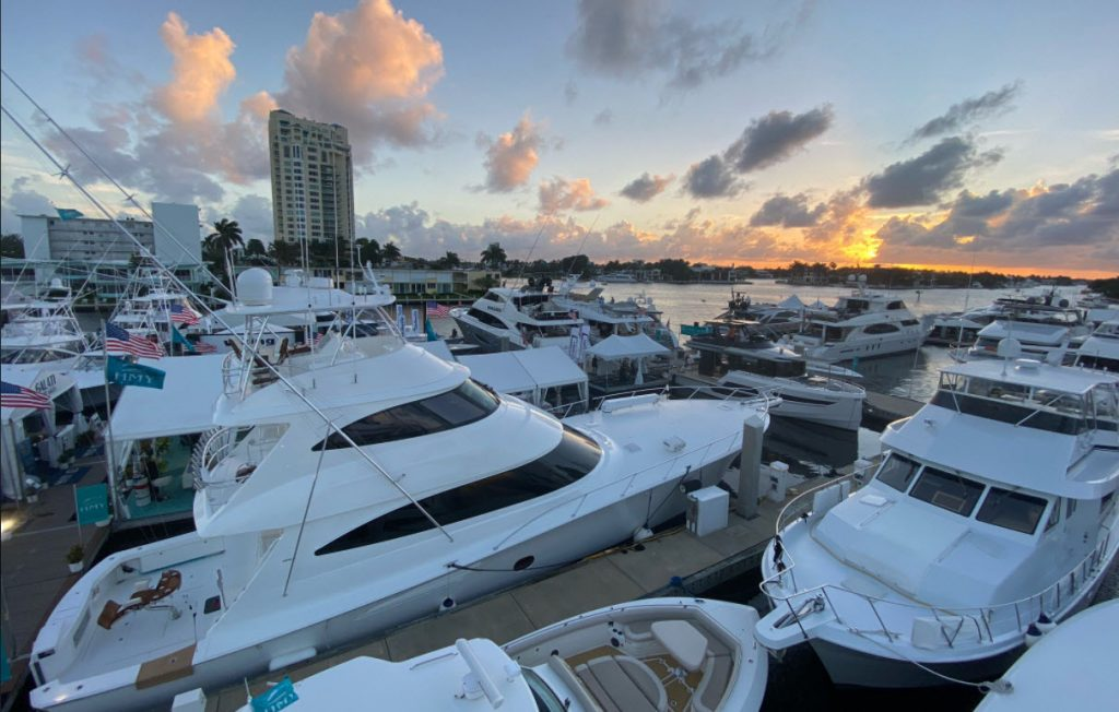 Sunset at the Fort Lauderdale International Boat Show 2020